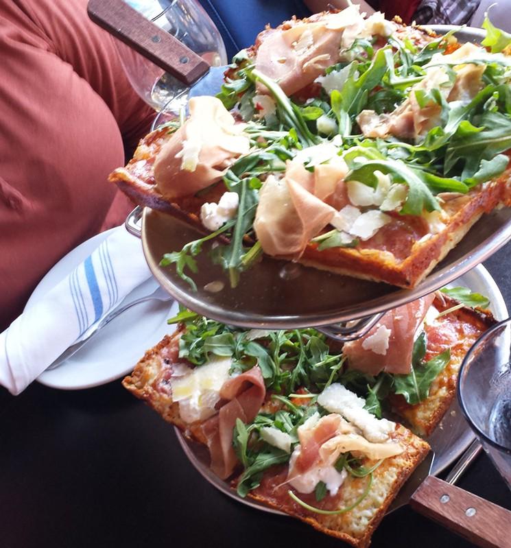 blue-pan-pizza-by-linnea-covington